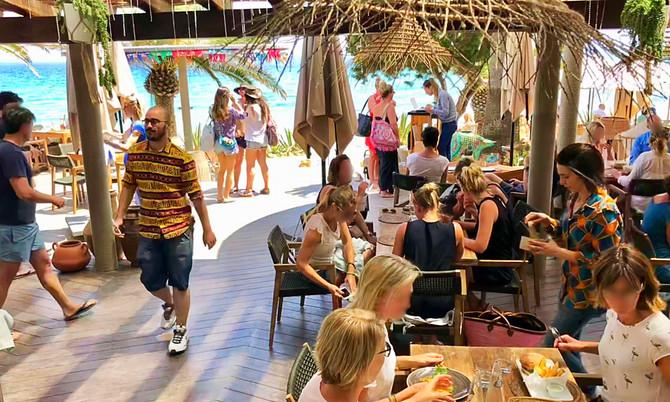 Beach Restaurant Aiyanna Ibiza in der Cala Nova: Boho-Style im Nordosten