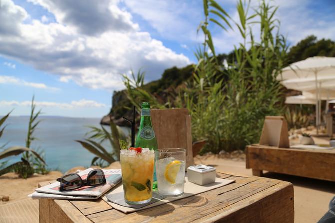 Begehrt & einsam: Amante Beach Club Ibiza