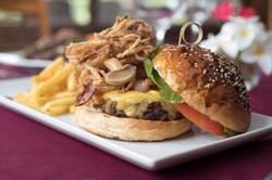 Los Establos Big Burger 2