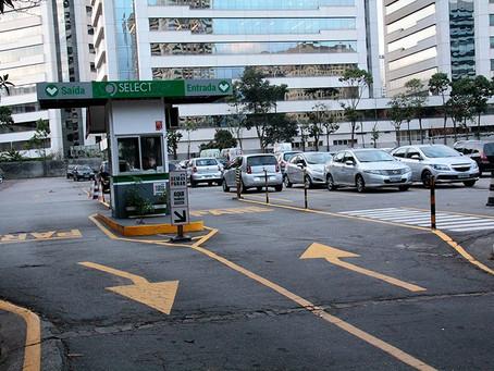 Contrate um estacionamento regulamentado