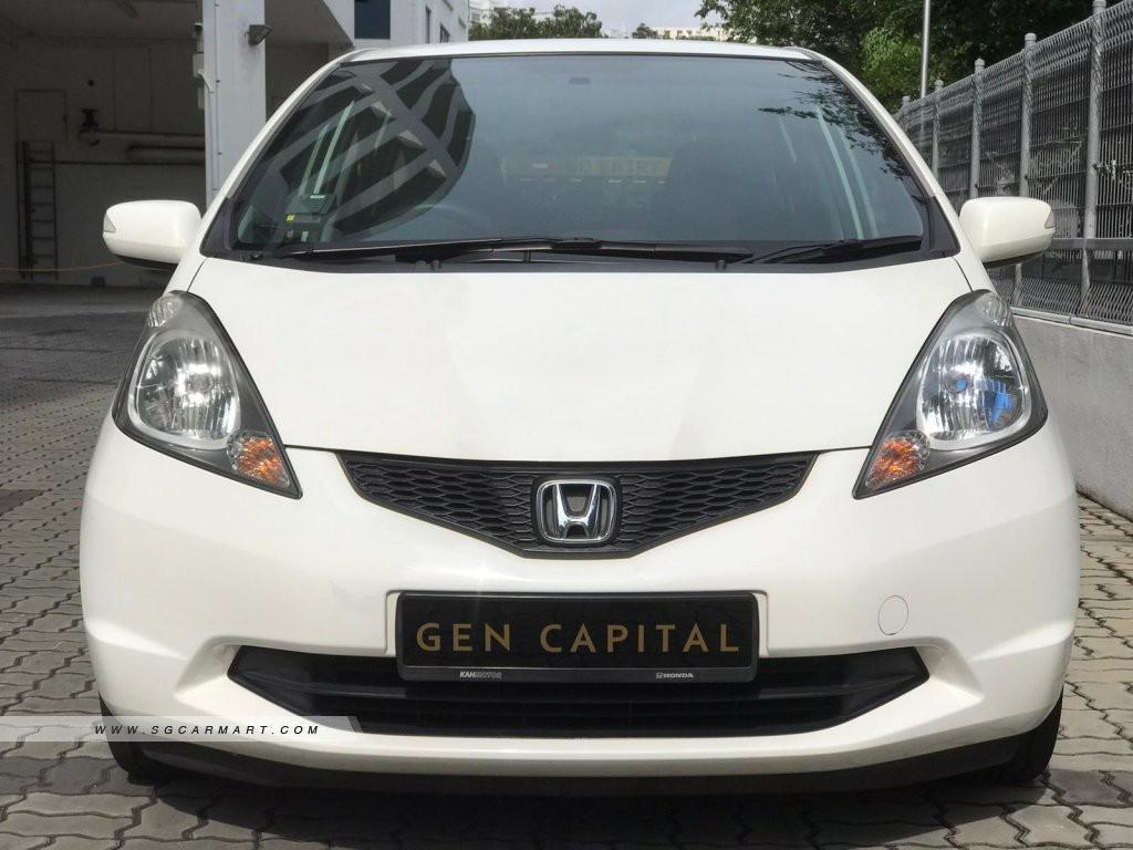 Honda Jazz 1.3A L.jpg