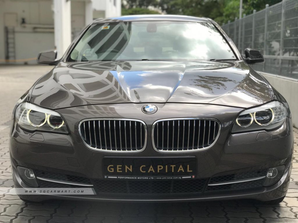 BMW 5 Series 523i.jpg