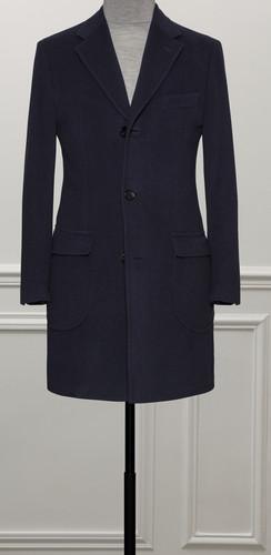 Manteau bleu sur mesure