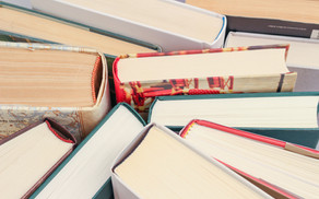 10 Common Thoughts of a Book Lover
