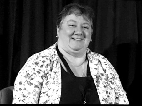 Dark Edge Press Sign New Crime Author Ann Bloxwich