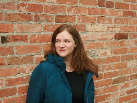 Dark Edge Press Sign Debut Historical Mystery Author Lizzie Bentham