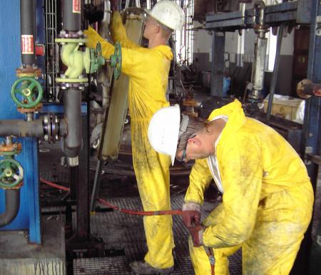 Industriereinigung unter Atemschutz