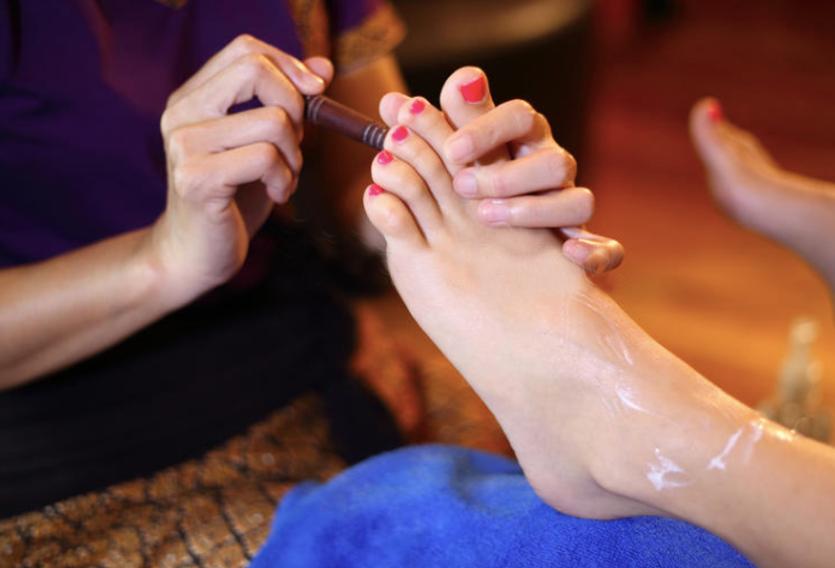foot acupressure by revaiv