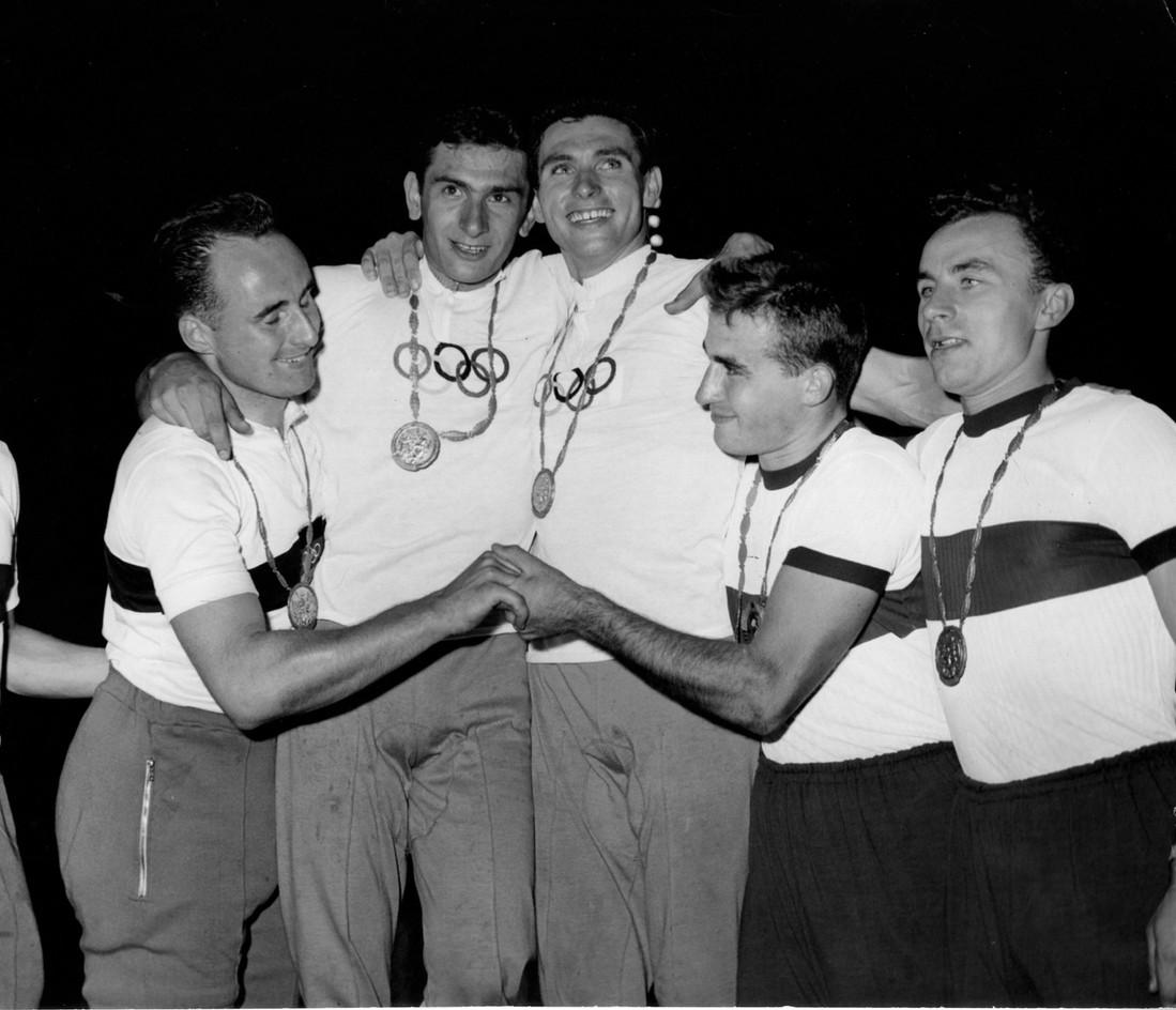 Beghetto e Bianchetto, medaglia d'oro nel tandem. Secondi i tedeschi Simon e Staber.
