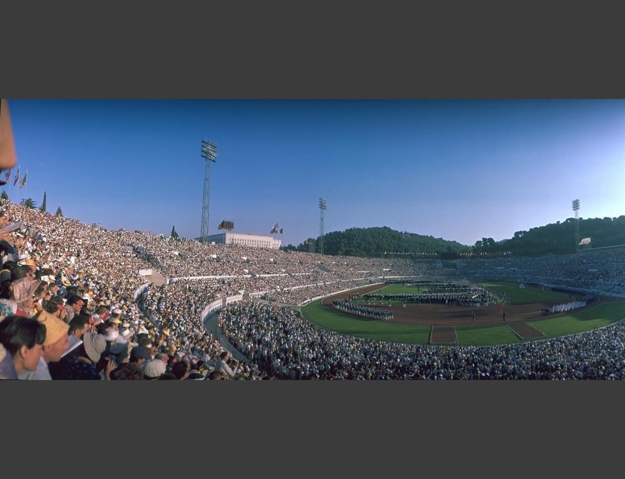 Panoramica dello Stadio Olimpico durante la sfilata delle squadre.