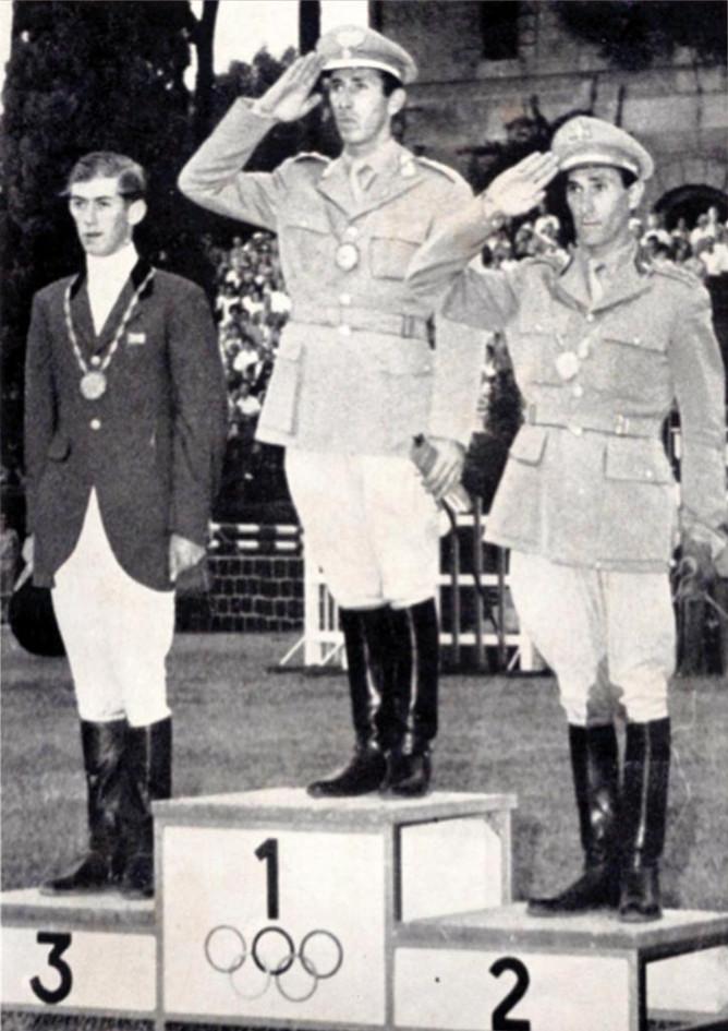 Equitazione, salto a ostacoli: 1° Raimondo D'Inzeo (Ufficiale Carabinieri), 2° Piero D'Inzeo (Ufficiale Esercito), 3° il britannico David Broome.