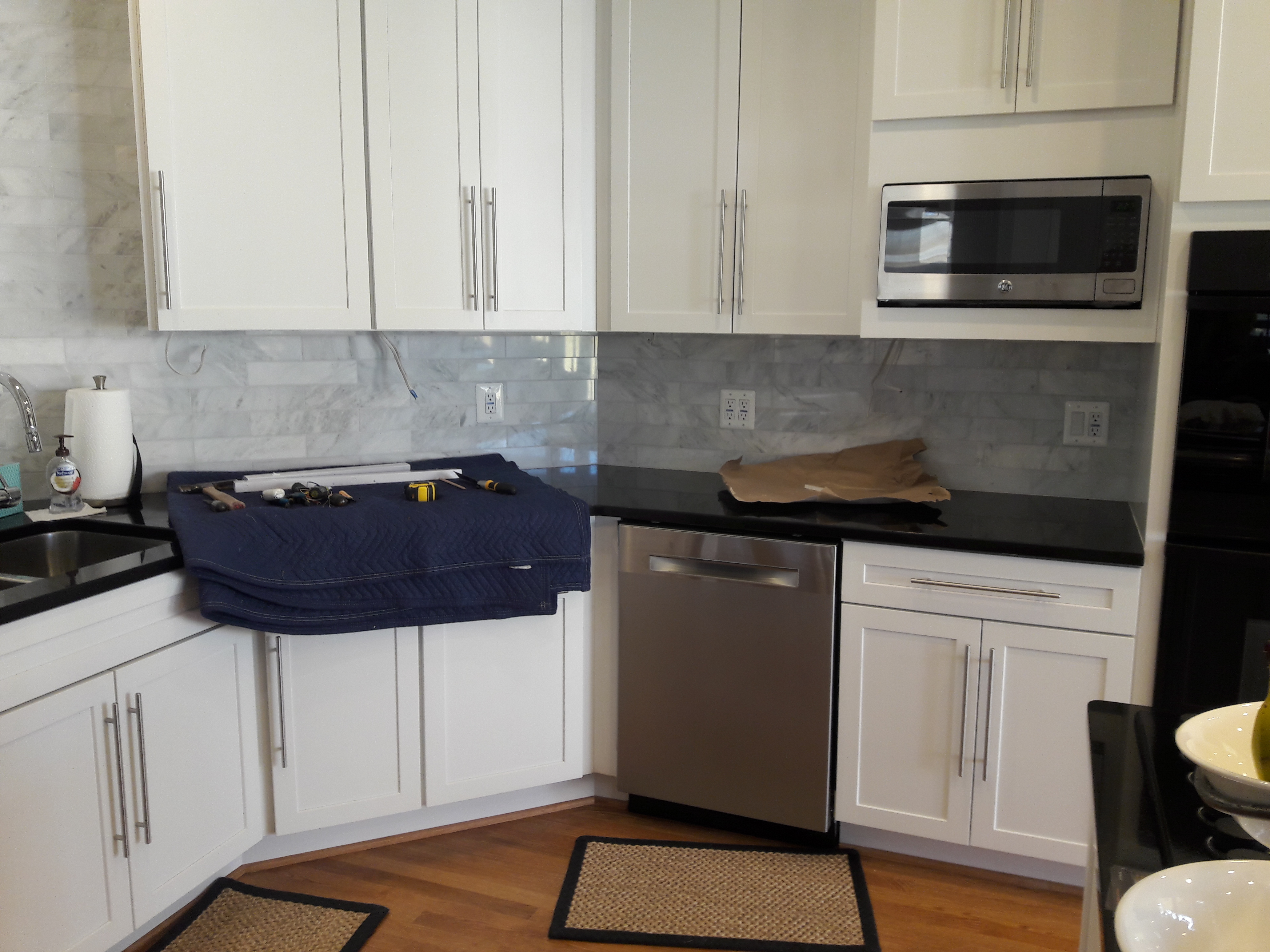 Kitchen counter LED before