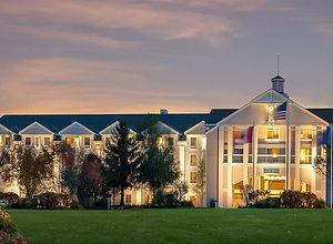 exterior-north-conway-grand-hotel.jpg