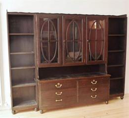 Jugendstil-Bücherschrank- aus Herrenzimmer Karl-Bertsch