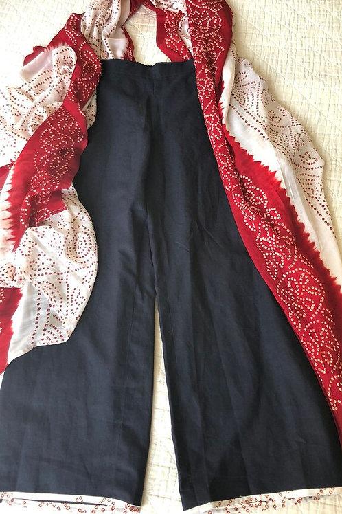 Bandhani silk wrap with linen pants