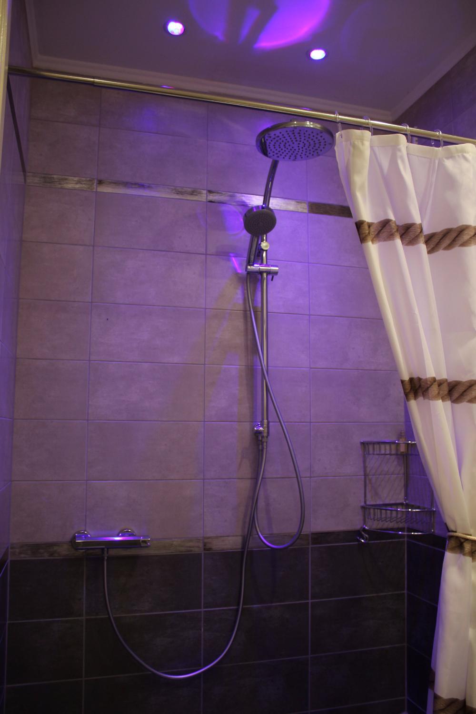 Baobab suite-shower