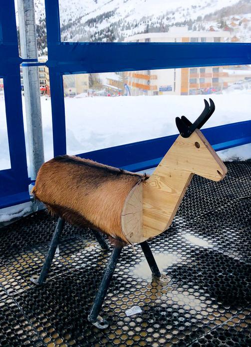 Animal en bois - Chamois | SUNCONSEIL©