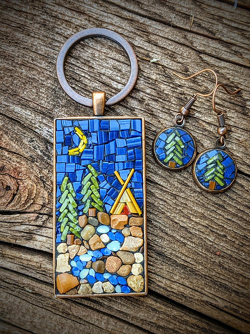 Teepee with Keyring and Earrings