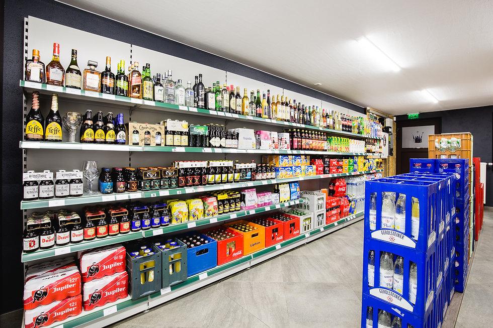 Große Auswahl an alkoholischen Getränken