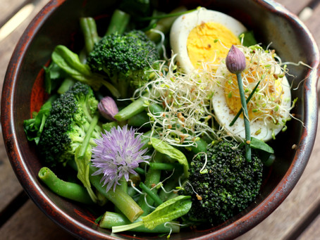 Make Veggies Your Meal Mainstay: Top 5 Salad Toppings!