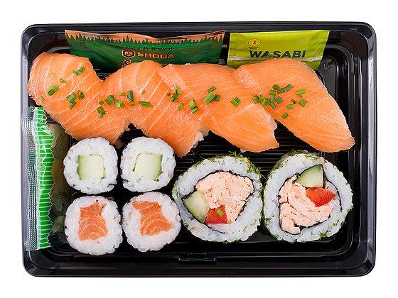 Super Salmon Sushi