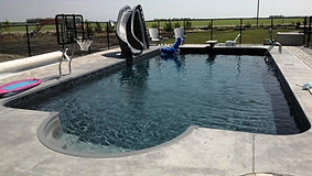 pool builders and liners