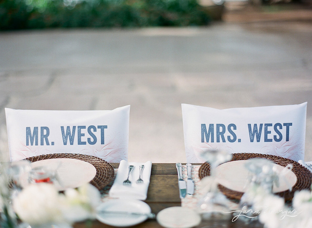 Mr and Mys West chair caps