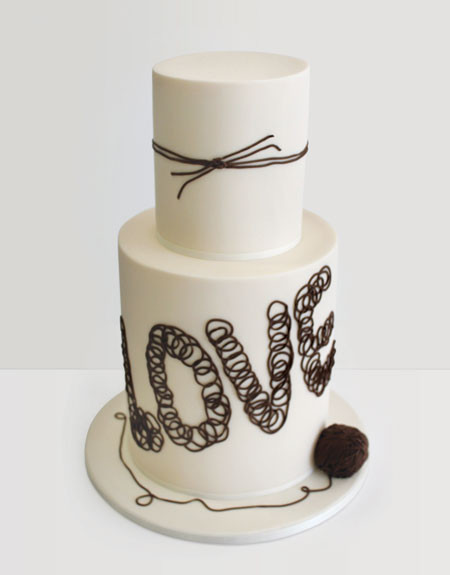 tie-the-knot-wedding-cake