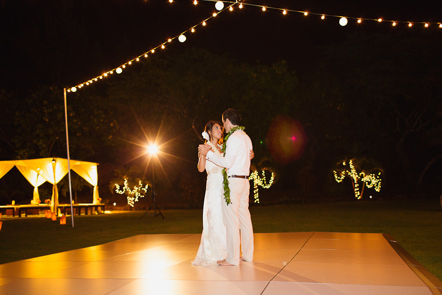 First Dance at Loulu Palm Estate, Cafe Lights over a white dance floor, Photo by Sealight Studios
