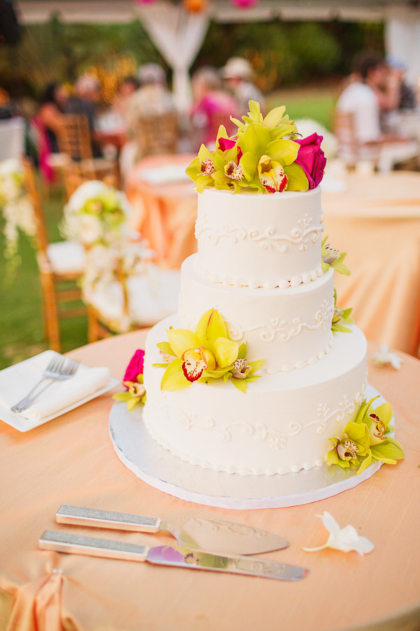 Wedding Cake for Serelle and Jeff, Photo by Sealight Studios