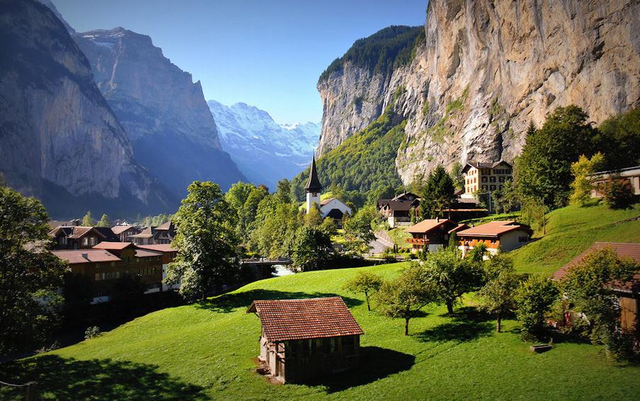 Switzerland_Lauterbrunnen-1024x641.jpg
