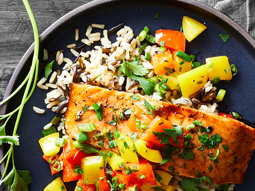 SALMON WITH WILD RICE AND GRILLED VEGGIES