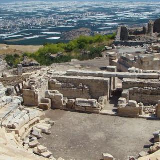 rhodiapolis-antik-kenti-3.jpg
