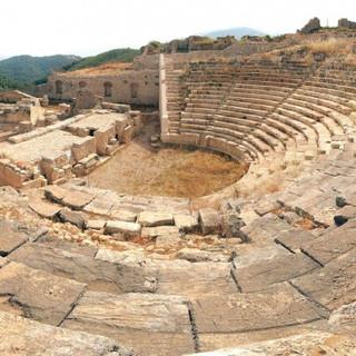 rhodiapolis-antik-kenti-4.jpg