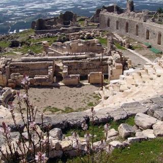 rhodiapolis-antik-kenti-5.jpg
