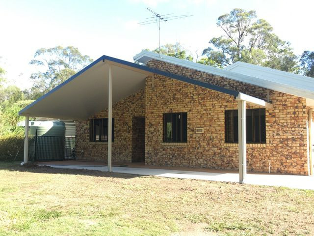 Burpengary gable roof.jpg