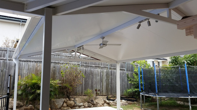 20010 Robertson Gable patio roof