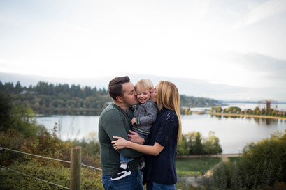 Family of 3 photos overlooking th puget sound. Pictures by A Bit O' Whimsy Photography