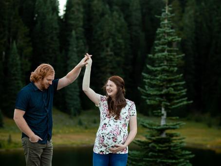 Lake Tipsoo Maternity Photo Session