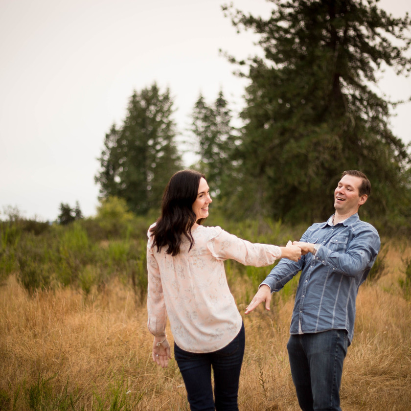 COUPLES PHOTOGRAPHY, A BIT O WHIMSY, YELM WA