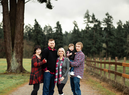 Scates Family Christmas Session