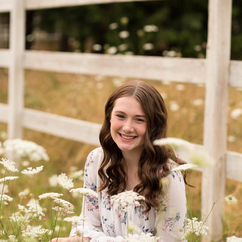 Senior girl photos in field of wildflowers