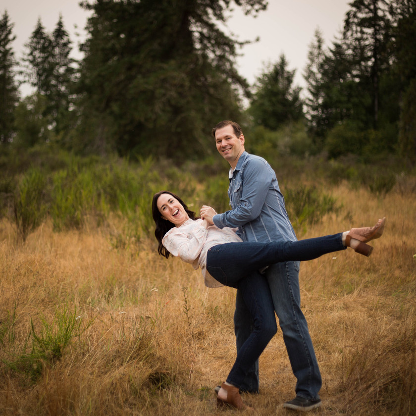 COUPLES PHOTO SESSION, A BIT O WHIMSY PHOTOGRAPHY, OLYMPIA WA