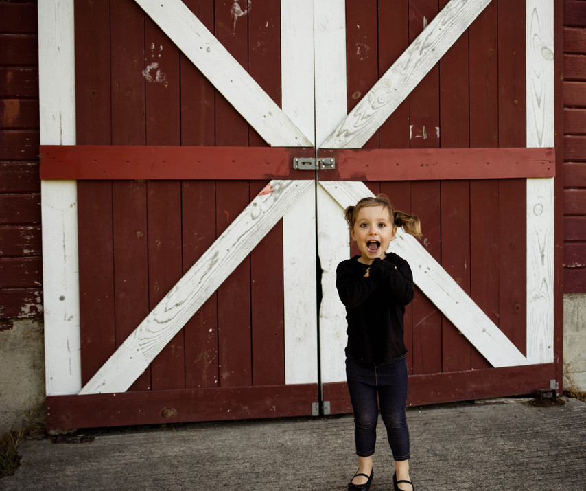 Family photos at Steilacoom Fort by A Bit O' Whimsy Photography