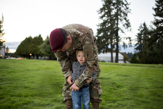 Military family photos of father and son at Olympia State Capital. Photography by A Bit O' Whimsy