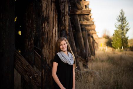 Tween portraits in Rainier, WA