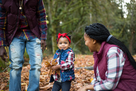 Fall family pictures in the woods