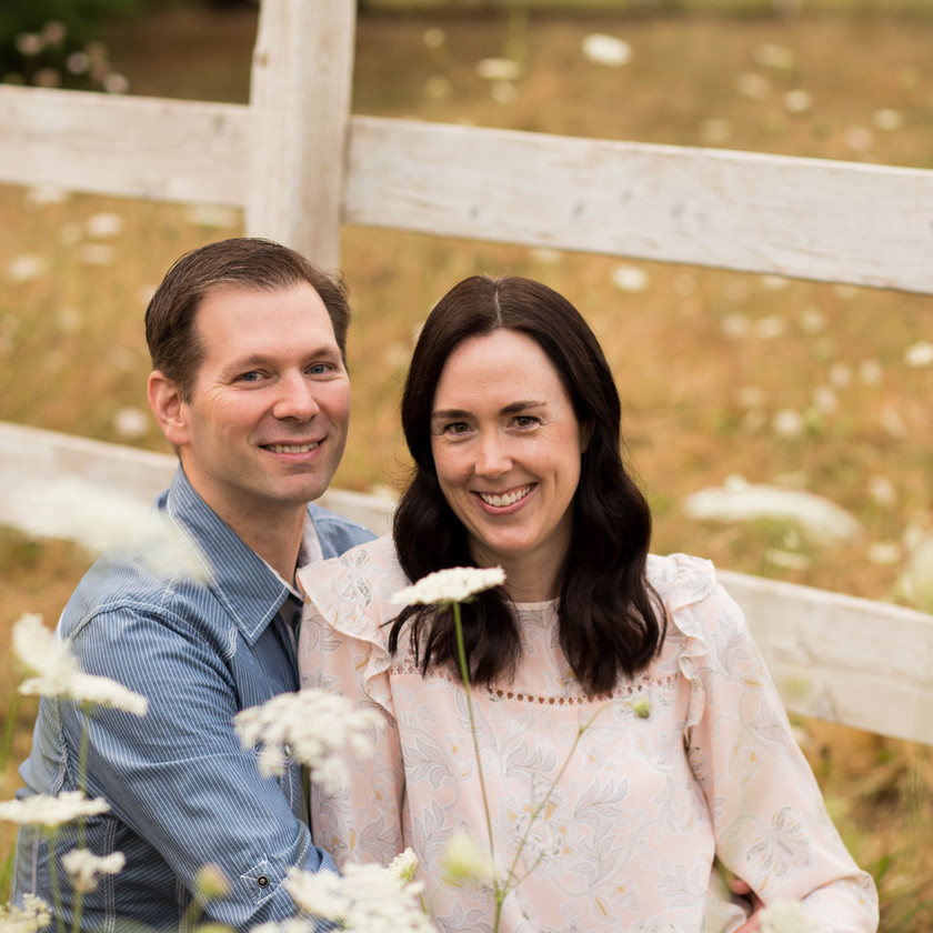 COUPLES PHOTOS IN WILDFLOWERS, A BIT O WHIMSY, YELM WA