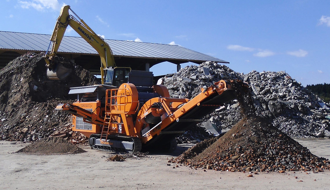 Rockster-R1200-jaw-crusher-demolition-de