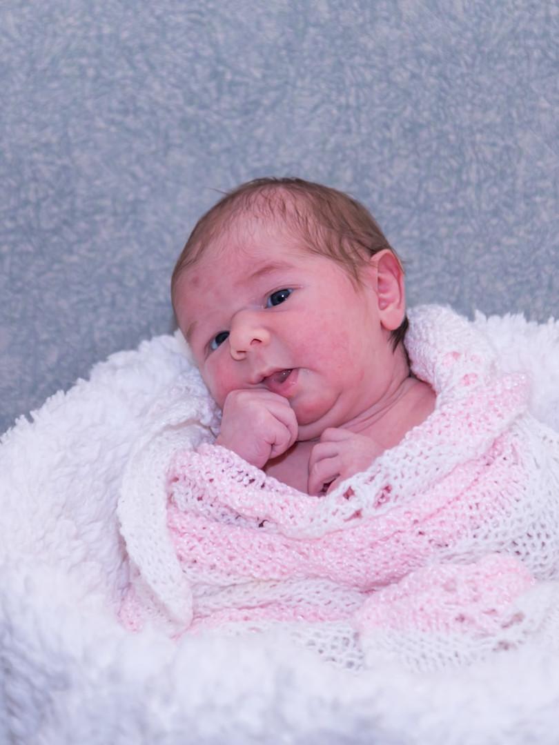 New born (29)-min.jpg